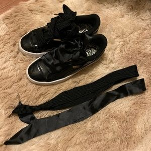 Puma Basket Sneaker black (100% authentic, used)